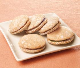 ほんのり甘いキメ細やかなふんわり食感がリニューアル!日本生まれの洋菓子「ブッセ」